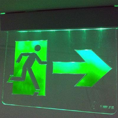 Placas fotoluminescentes de segurança